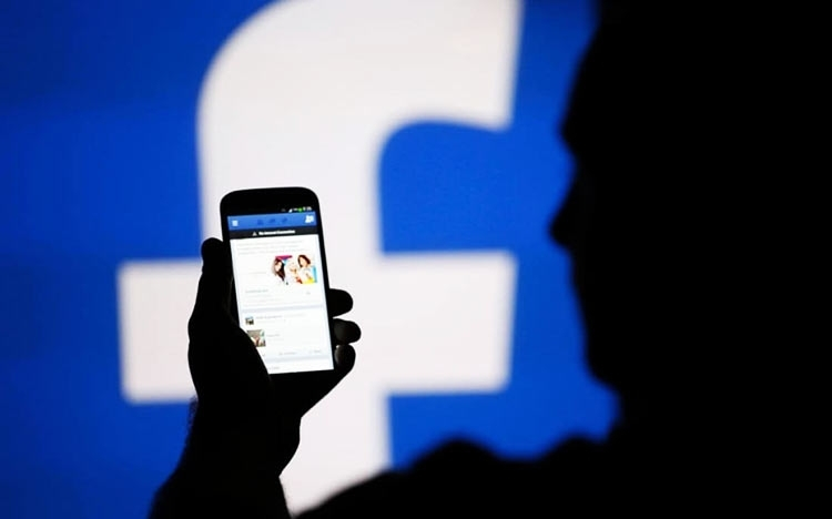 Из-за бага Facebook публикации 14 млн пользователей были видны всем желающим»